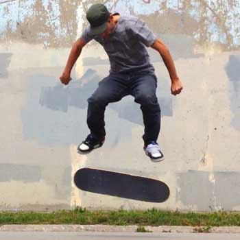 Kickflip Trick Description